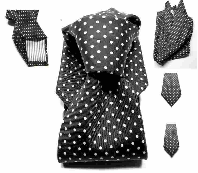 cravatta nera a pois