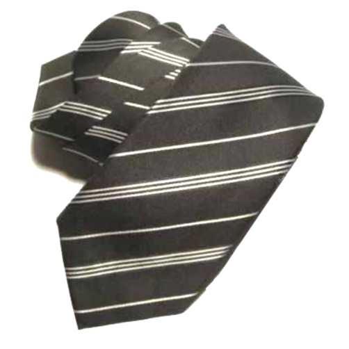 cravatta nera a righe