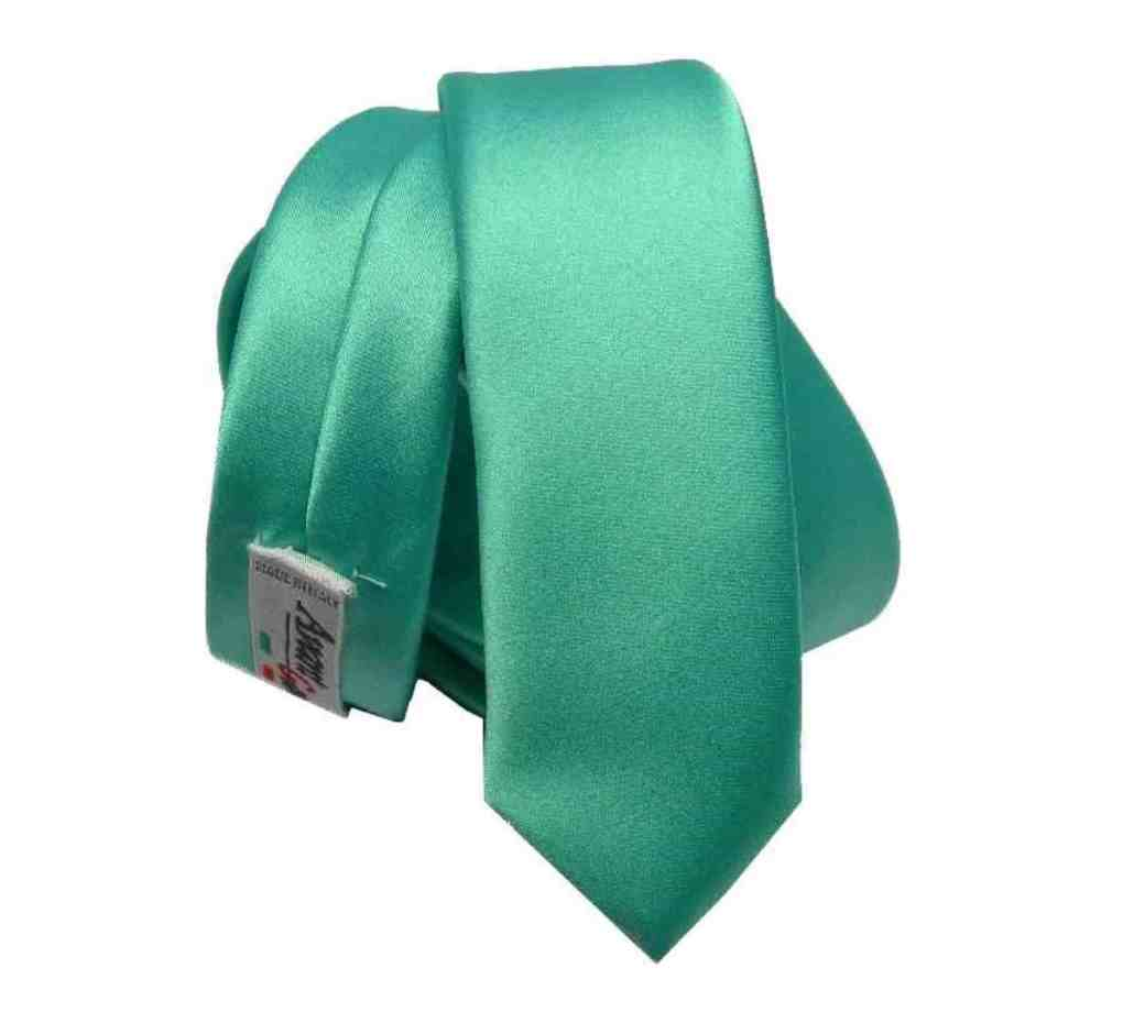 9cdf48268e Cravatta slim verde chiaro vari verdi 4cm grun skinny tie made italy tinta  unita