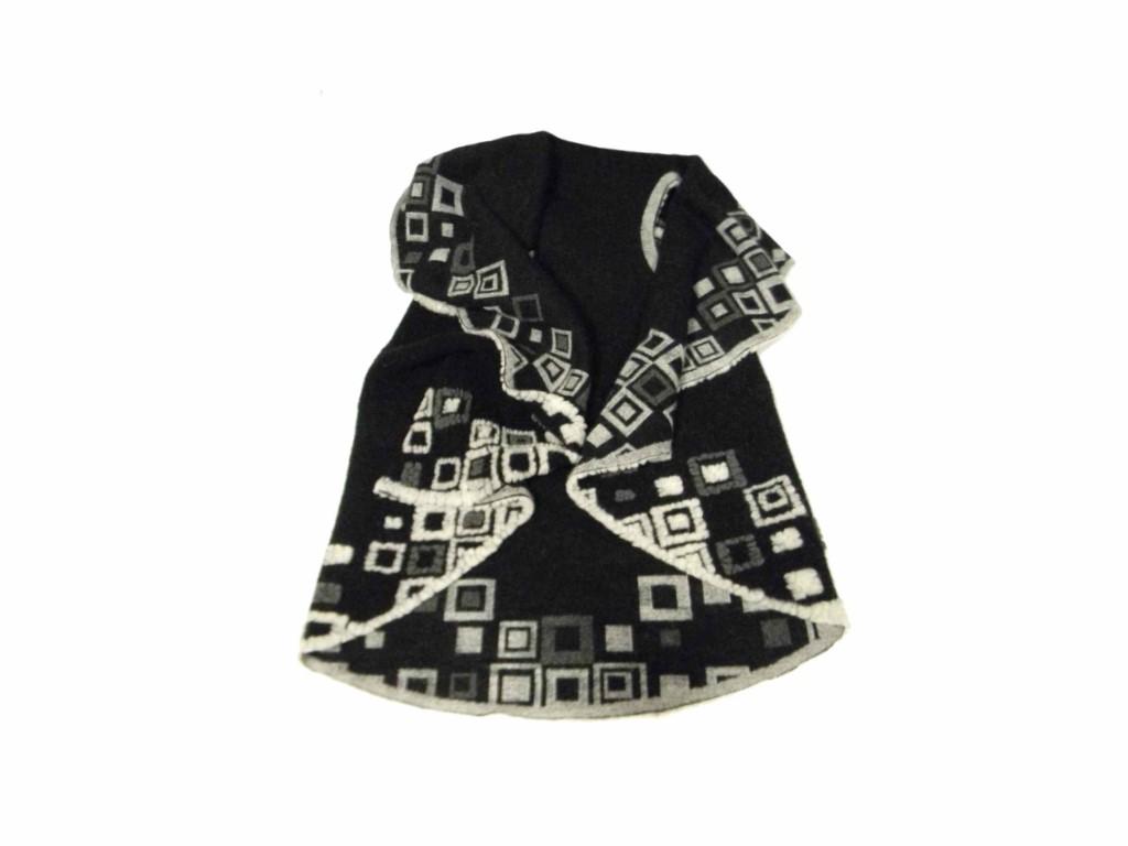 Preferenza donna mantella di lana cotta senza maniche nera bianca beige made  LI85