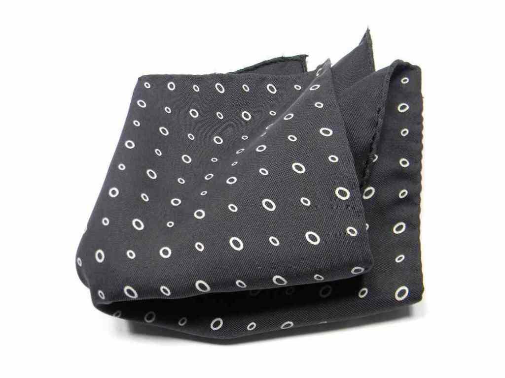 Pochette Fazzoletto da Taschino Uomo Bianco a Pois Neri per Giacca Sartoriale Elegante