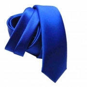 Cravatta blu royal stretta fatta a mano made in italy