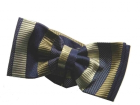 Cravatta a farfalla per uomo striped bow tie man top class blu righe beige marro