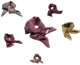 Foulard uomo di seta fazzoletto da collo bordeaux silk made in italy varie fanta